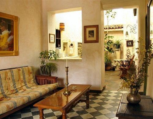 Trocadero Suites - фото 9