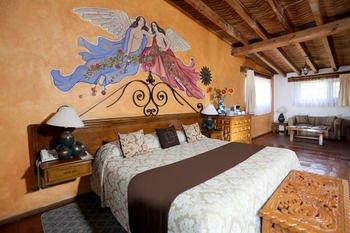 Villa San Jose Hotel & Suites - фото 1