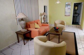 Hotel & Suites Galeria - фото 10