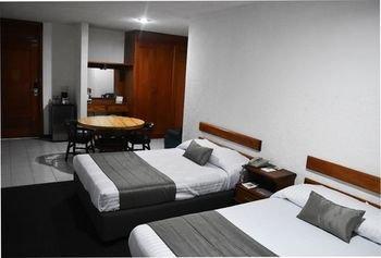 Hotel Suites Campestre - фото 4