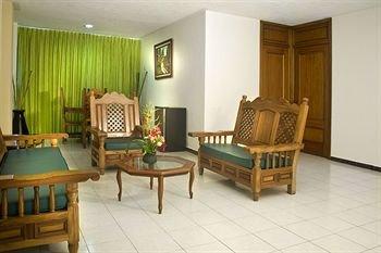 Hotel Suites Campestre - фото 8