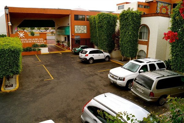 Hotel & Suites Villa del Sol - фото 18