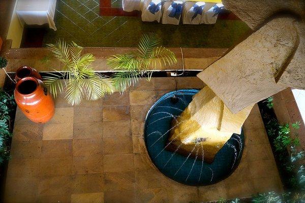 Hotel & Suites Villa del Sol - фото 6
