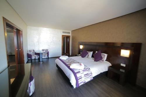 Hotel Suisse - фото 2