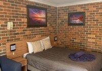 Отзывы Forest Lodge Motor Inn & Restaurant, 3 звезды
