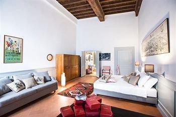 Soprarno Suites - фото 7