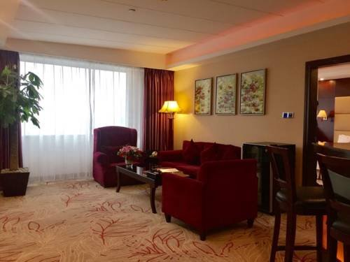 Delight Empire Hotel - фото 3