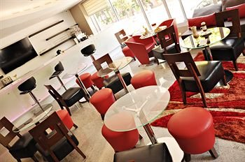 Hotel Real Alameda de Queretaro - фото 12