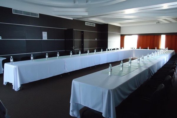 Hotel Real Alameda de Queretaro - фото 14