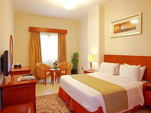 Rose Garden Hotel Apartments - Bur Dubai - фото 1