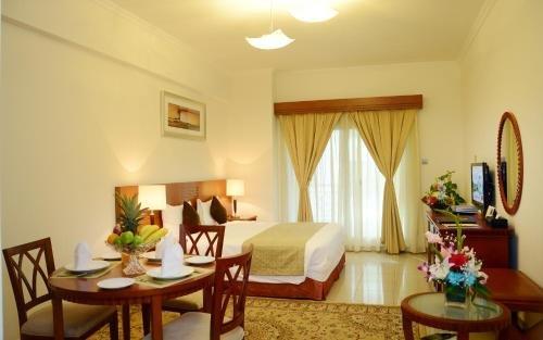 Rose Garden Hotel Apartments - Bur Dubai - фото 2