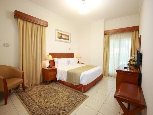 Rose Garden Hotel Apartments - Bur Dubai - фото 5