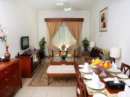 Rose Garden Hotel Apartments - Bur Dubai - фото 6