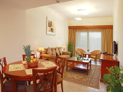 Rose Garden Hotel Apartments - Bur Dubai - фото 8