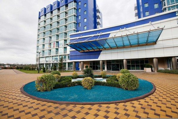 Апартаменты в курортном комплексе Аквамарин - фото 0