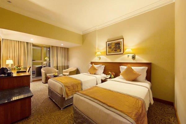 Sun & Sky Al Rigga Hotel - фото 2