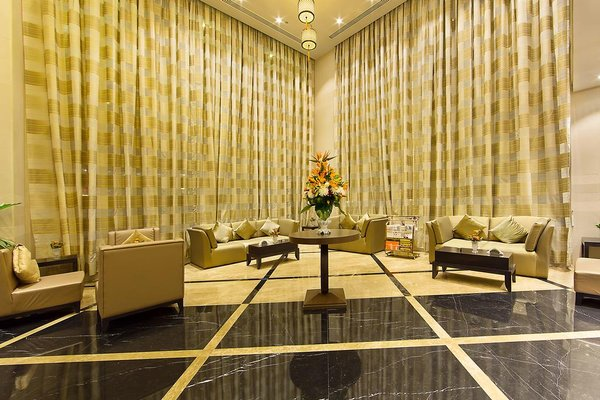 Sun & Sky Al Rigga Hotel - фото 4