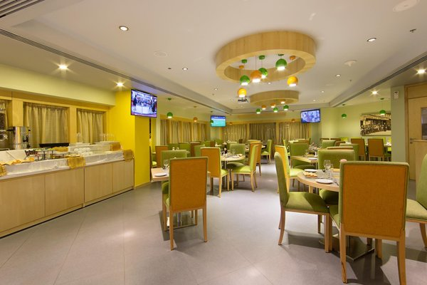 Sun & Sky Al Rigga Hotel - фото 8
