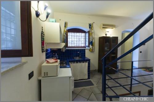 Cheap & Chic Apartments - фото 12
