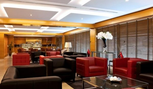 Golden Sands Hotel Apartments - фото 11
