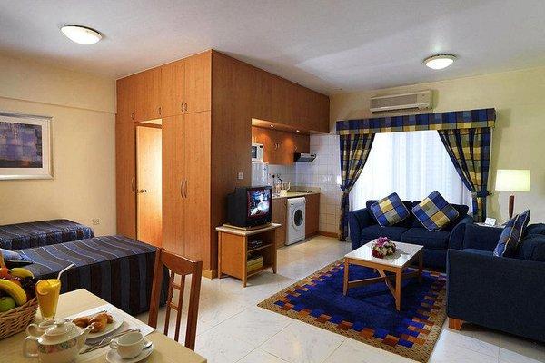 Golden Sands Hotel Apartments - фото 6