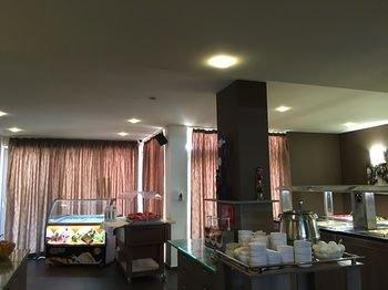 TM Deluxе Hotel - фото 11