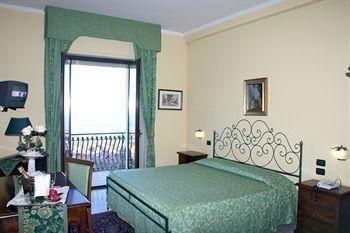 Hotel Primavera Dell'Etna - фото 2