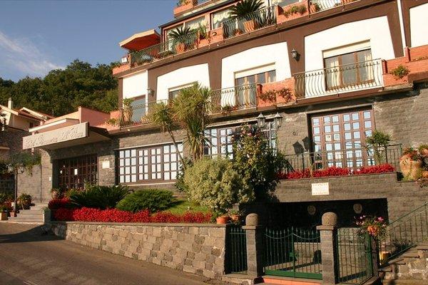 Hotel Primavera Dell'Etna - фото 20