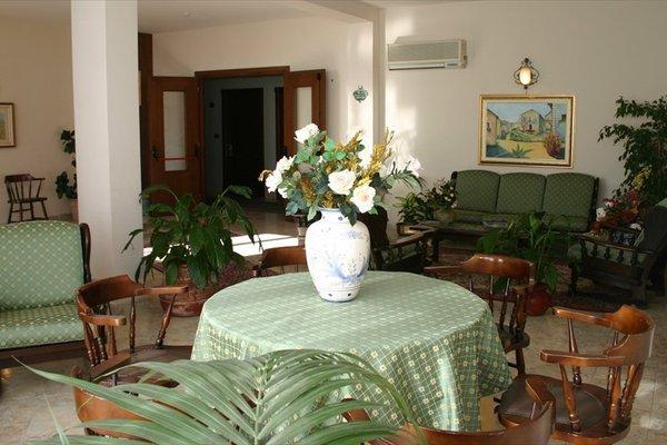 Hotel Primavera Dell'Etna - фото 3
