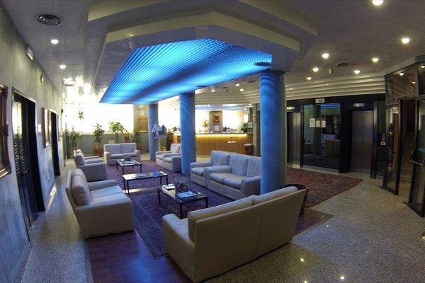 Benny Hotel - фото 19
