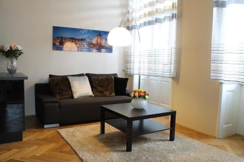 Royal Prague Apartment Celakovskeho Sady - фото 7