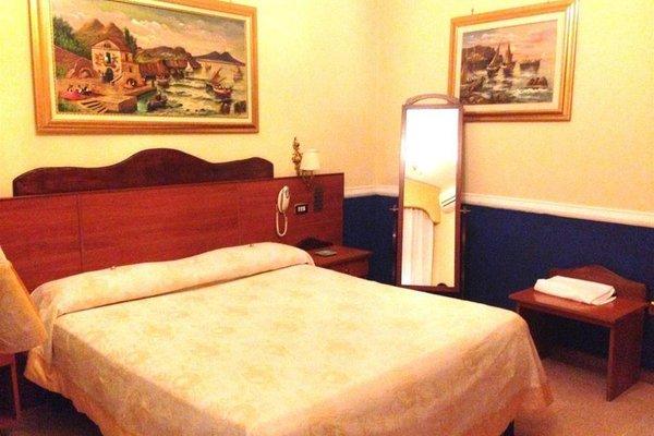 Гостиница «Runa», Мелито-ди-Наполи