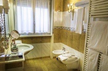 Hotel La Bussola - фото 10
