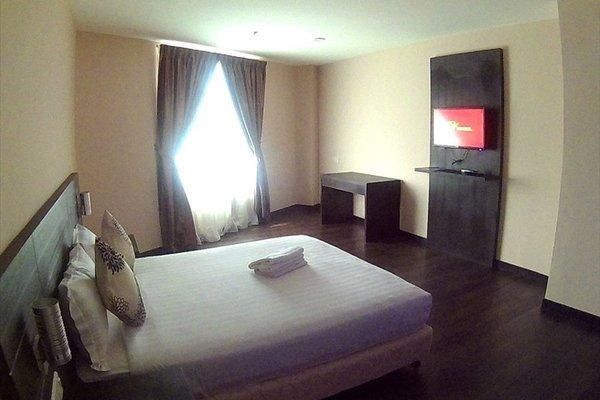 MY Hotel - фото 3