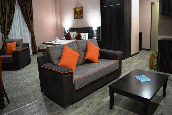 MY Hotel - фото 8