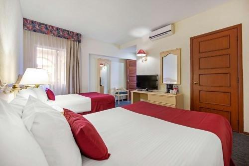 Hotel Quality Inn Aguascalientes - фото 10
