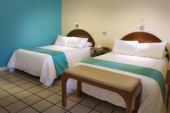 Hotel Marina La Paz - фото 2