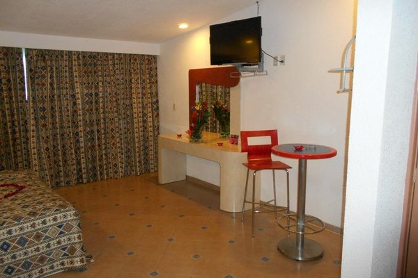 GS Cuernavaca Drive Inn - Adults Only - фото 11