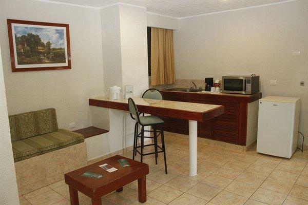 Hotel & Suites Real del Lago - фото 13