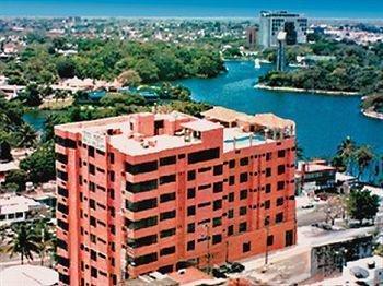 Hotel & Suites Real del Lago - фото 23