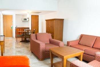 Real Inn Villahermosa - фото 6