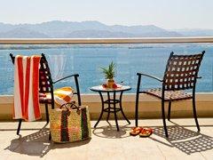 U Suites - Luxury by the Sea