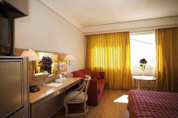 Hotel Adlon - фото 1