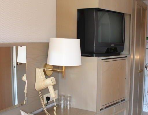 Hotel Adlon - фото 12