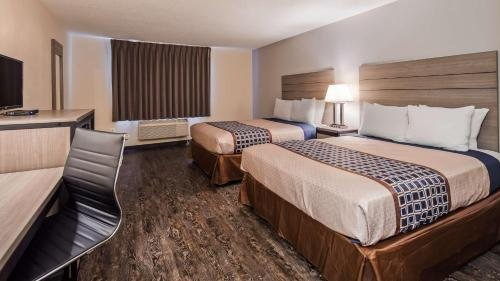 Photo of SureStay Hotel by Best Western Albuquerque Midtown