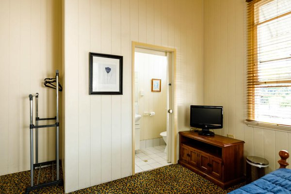 Bowen Terrace Accommodation - фото 5