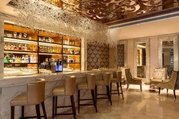 Sheraton Dubai Creek Hotel & Towers - фото 11