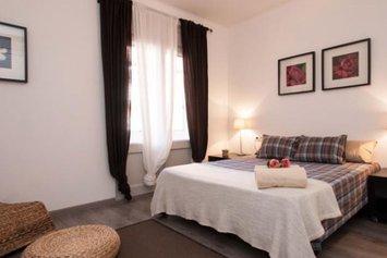 Eixample Provenza Apartments