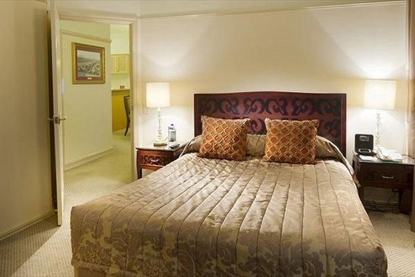Royal Albert Hotel - фото 8