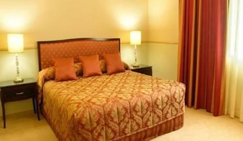 Royal Albert Hotel - фото 2